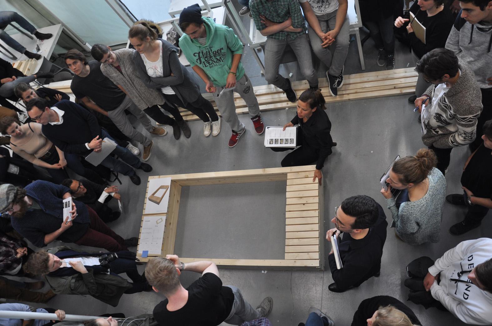 Es wurden Preise in den folgenden Kategorien vergeben: 1. Sandkasten mit Sitzmöglichkeit, 2. Hochbeet mit Ablage-/Sitzfläche, 3. Sitzmöbel mit frei zu wählender, zusätzlicher Funktion, Foto: Matthias Kestel